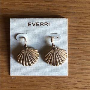 {Everri} gold shell earrings